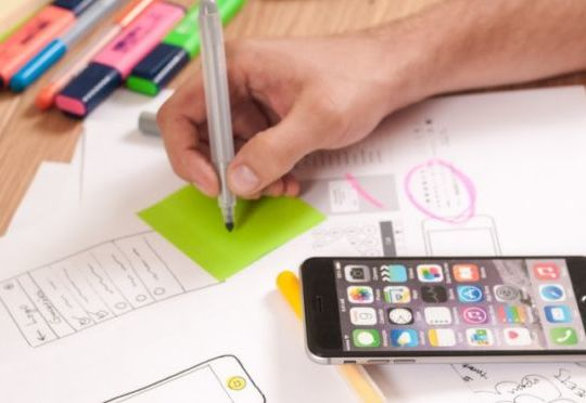 zalety-aplikacji-mobilnej